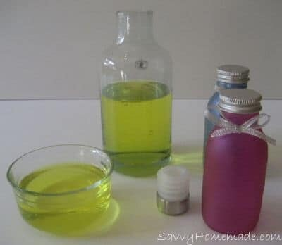 Blending and Mixing Essential Oils