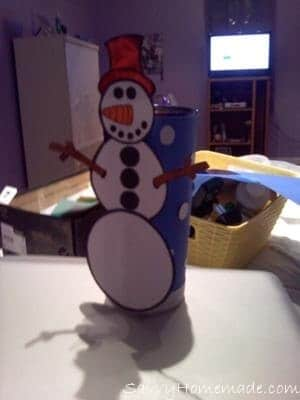 My Snowman!! HAPPY HOLIDAYS ARTS AND CRAFT LOVERS!!