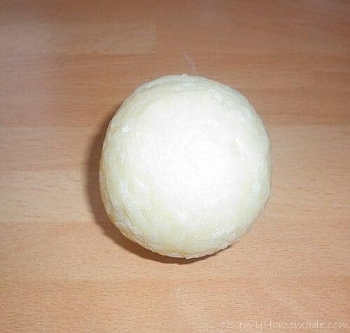 Making homemade soap balls2