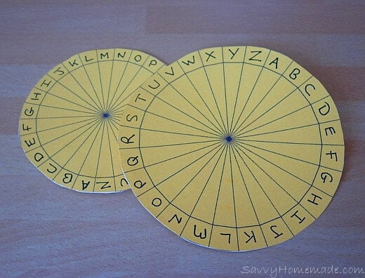 making a kids cipher wheel2