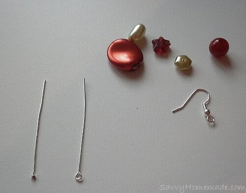 Long and flexible homemade earrings Step1