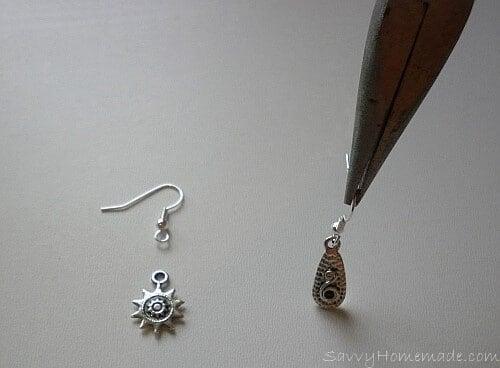 Hanging earrings featuring pendants