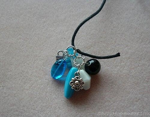 Make a clustered necklace Step 13