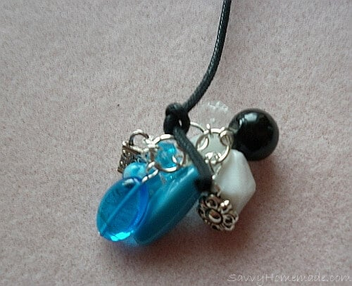 Make a clustered necklace Step 13b
