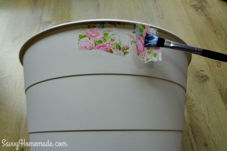 How to make a decoupage bin step 2
