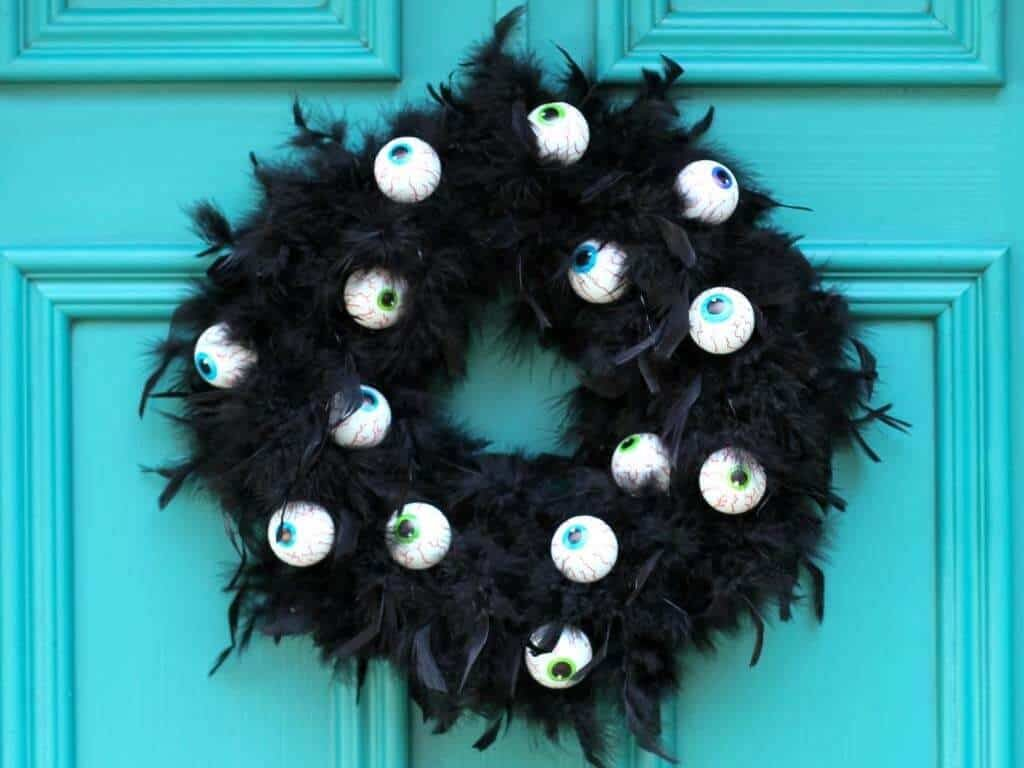 Googly Eye Halloween Wreath