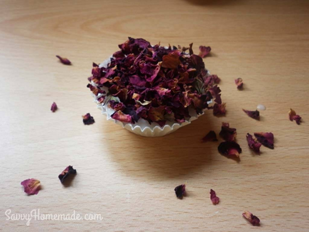 How I Make My Pretty Cupcake Soaps