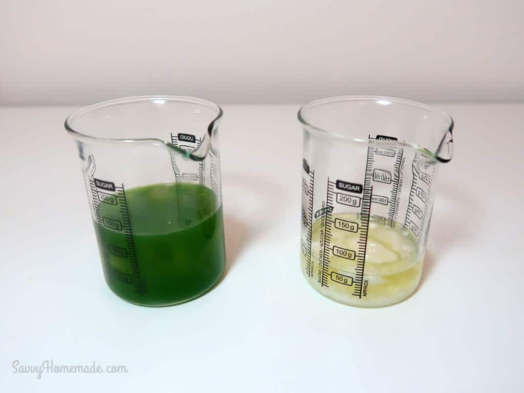 Pour the cucumber juice into a Pyrex beaker, and add your aloe vera.