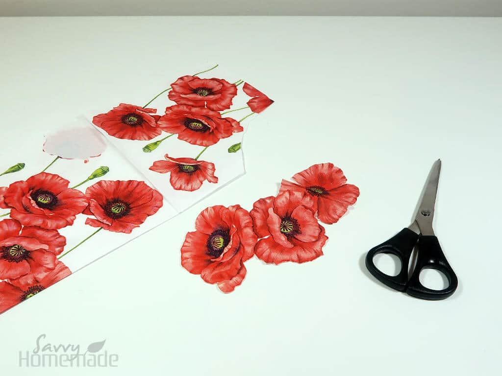 how to make diy decoupage candles Step 1b: Cut out the desired pattern