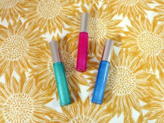 3 diy gel eyeshadow's of different colors sit together